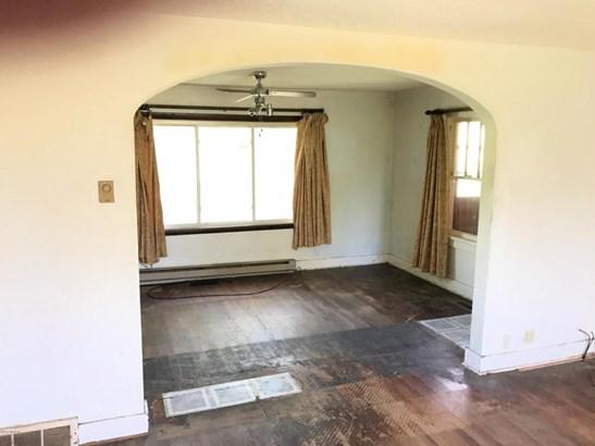 Single Family Residence, Ranch - Bangor, MI (photo 4)