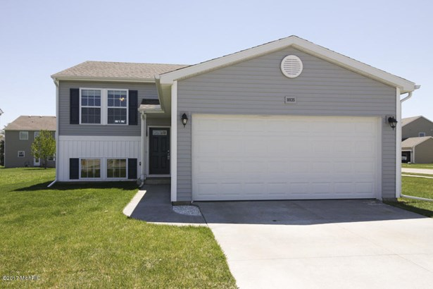 Single Family Residence, Bi-Level - Galesburg, MI (photo 1)