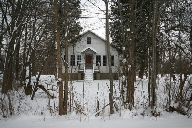 Single Family Residence, Other - Covert, MI (photo 2)