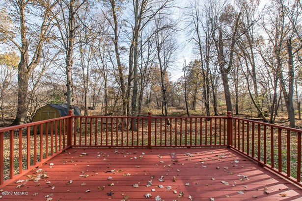 Tri-Level, Single Family Residence - Portage, MI (photo 5)