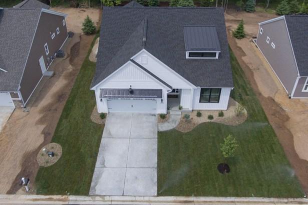 Single Family Residence, Ranch - Portage, MI (photo 2)