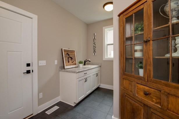 Single Family Residence, Ranch - Portage, MI (photo 3)