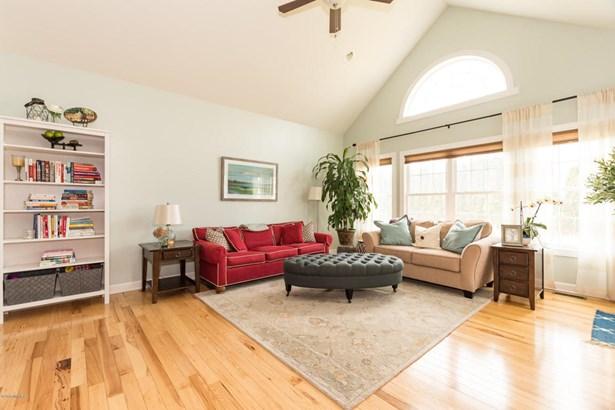 Single Family Residence, Ranch - Stevensville, MI (photo 4)