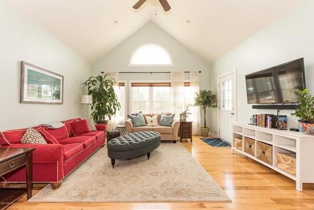 Single Family Residence, Ranch - Stevensville, MI (photo 5)
