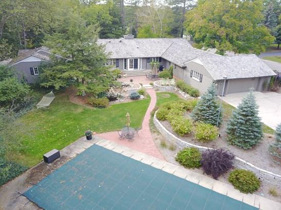 Single Family Residence, Ranch - Portage, MI