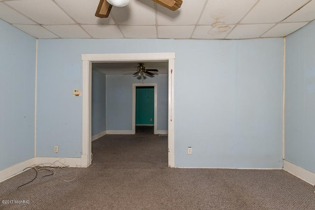 Single Family Residence, Ranch - Parchment, MI (photo 4)