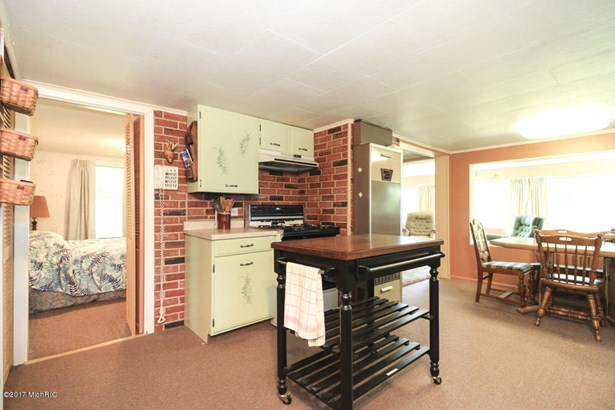 Cabin/Cottage, Single Family Residence - Lawton, MI (photo 3)