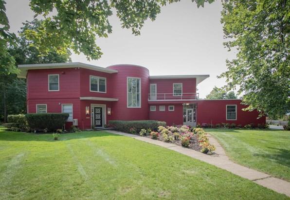Single Family Residence, Contemporary - Kalamazoo, MI (photo 1)