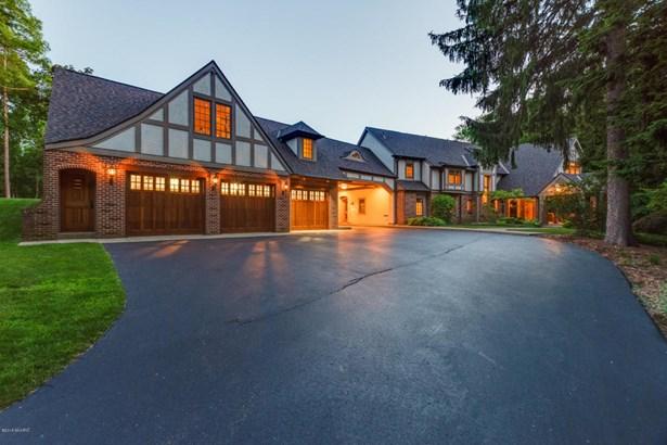 Tudor, Single Family Residence - Kalamazoo, MI (photo 2)