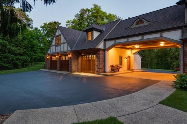 Tudor, Single Family Residence - Kalamazoo, MI (photo 3)