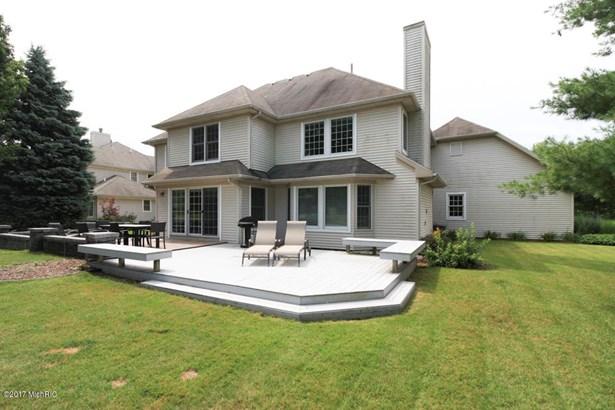 Single Family Residence, Contemporary - Portage, MI (photo 3)