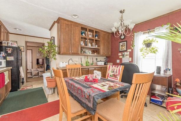Single Family Residence, Ranch - Bangor, MI (photo 5)