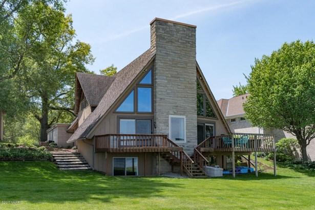 A Frame, Single Family Residence - Portage, MI (photo 1)