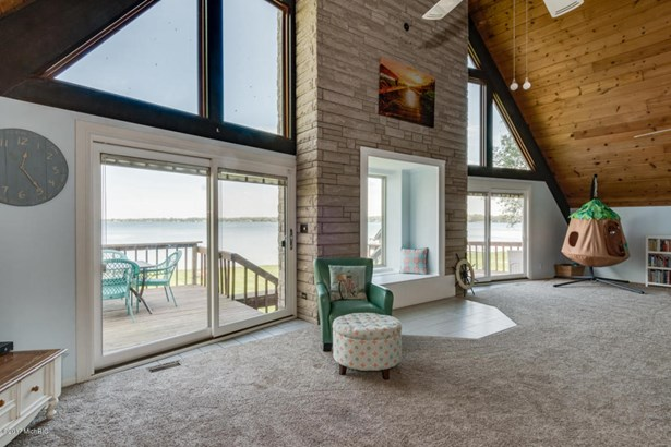 A Frame, Single Family Residence - Portage, MI (photo 3)