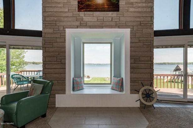 A Frame, Single Family Residence - Portage, MI (photo 4)