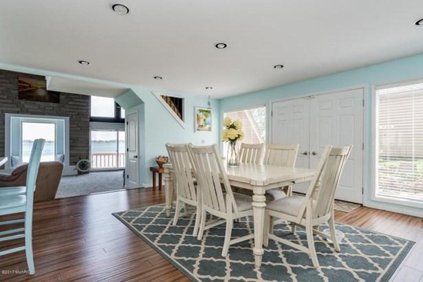 A Frame, Single Family Residence - Portage, MI (photo 5)