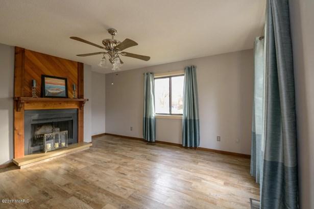 Condominium, Ranch - Portage, MI (photo 3)