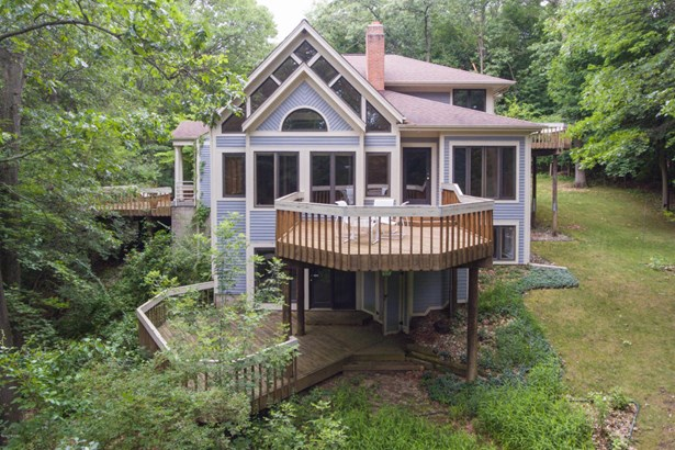 Single Family Residence, Contemporary - Kalamazoo, MI (photo 3)