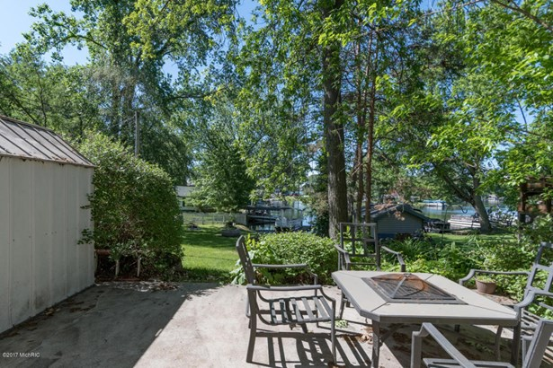 Single Family Residence, Ranch - Lawton, MI (photo 2)