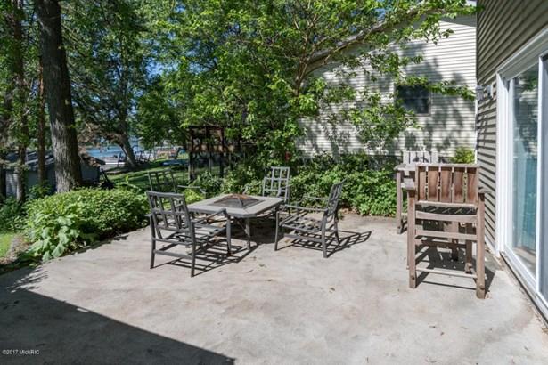 Single Family Residence, Ranch - Lawton, MI (photo 3)