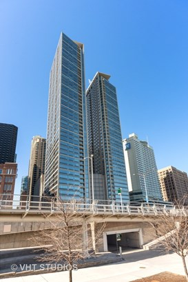Condo - Chicago, IL