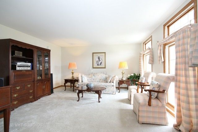 Traditional, Detached Single - Olympia Fields, IL (photo 2)