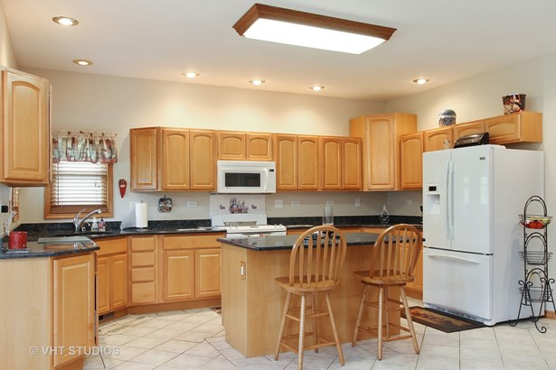 Ranch, Detached Single - Cary, IL (photo 5)