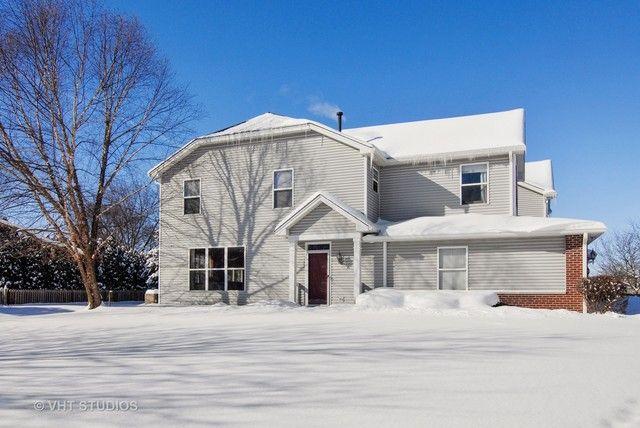 Townhouse - North Aurora, IL (photo 1)