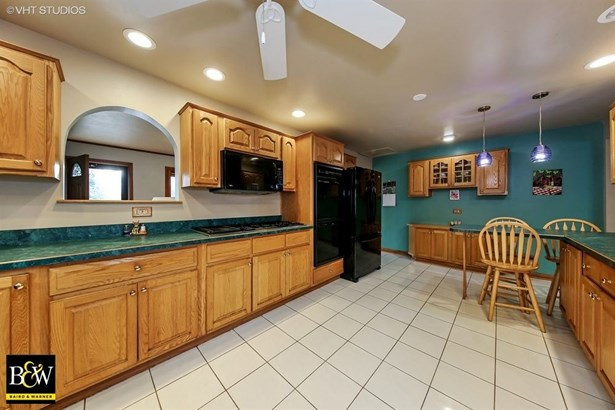 Ranch, Detached Single - Westmont, IL (photo 5)