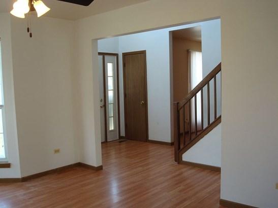 Contemporary, Detached Single - Zion, IL (photo 2)