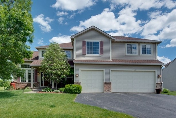 Traditional, Detached Single - Mundelein, IL (photo 1)