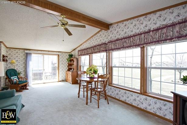 Mobile Home - Monee, IL (photo 5)