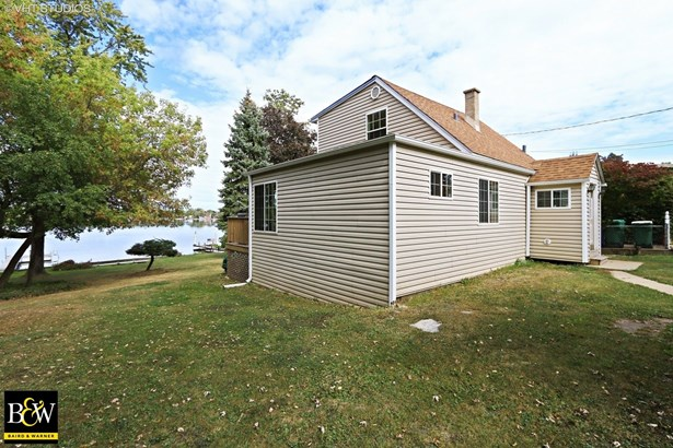Detached Single - Lake Villa, IL (photo 1)