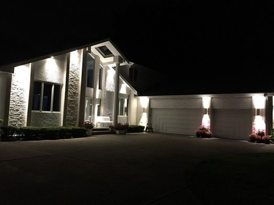 Contemporary, Detached Single - Northbrook, IL (photo 4)