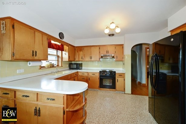 Ranch, Detached Single - Elmwood Park, IL (photo 5)