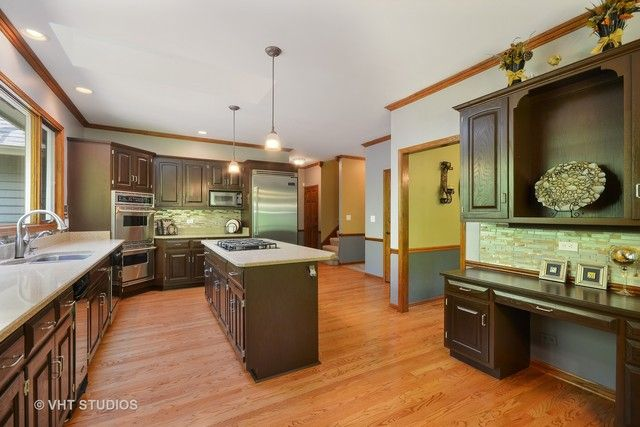Traditional, Detached Single - Elburn, IL (photo 5)