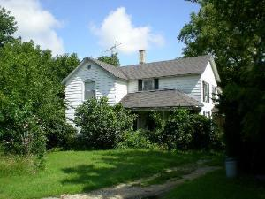 Farmhouse, Detached Single - Elgin, IL