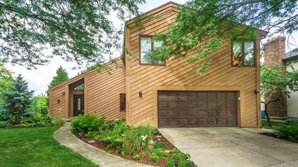 Contemporary, Detached Single - Woodridge, IL
