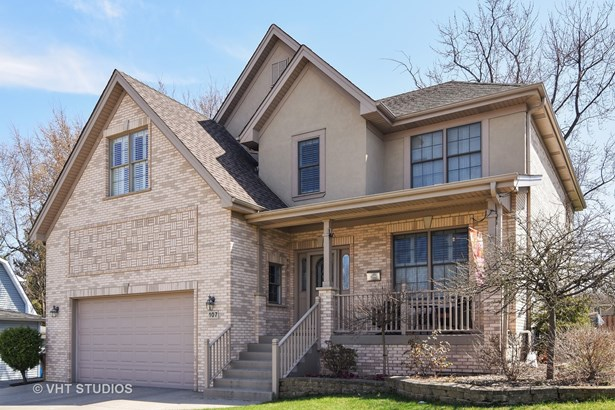 Traditional, Detached Single - Roselle, IL