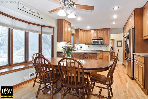 Traditional, Detached Single - Arlington Heights, IL (photo 5)