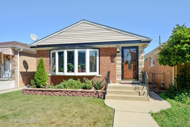 Ranch, Detached Single - Chicago, IL (photo 1)