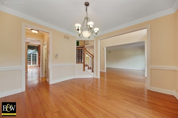 Traditional, Detached Single - Westmont, IL (photo 4)