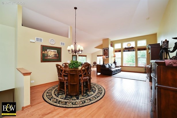 Ranch, Detached Single - Pingree Grove, IL (photo 2)