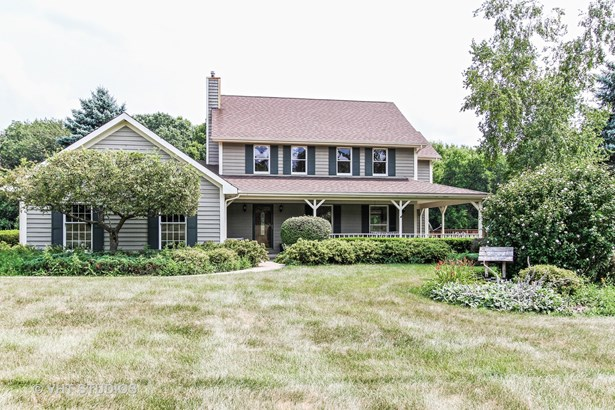 Traditional, Detached Single - Spring Grove, IL