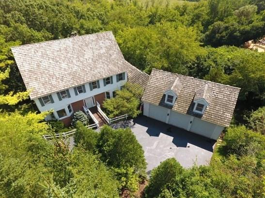 Colonial, Detached Single - Lake Barrington, IL