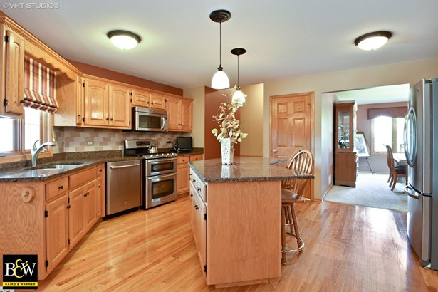 Ranch, Detached Single - Mokena, IL (photo 3)