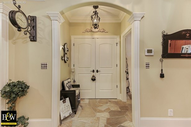 Detached Single, French Provincial - Downers Grove, IL (photo 3)