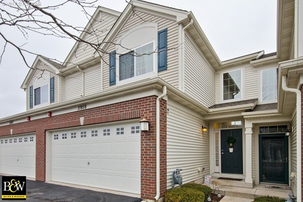 Townhouse - Huntley, IL (photo 1)