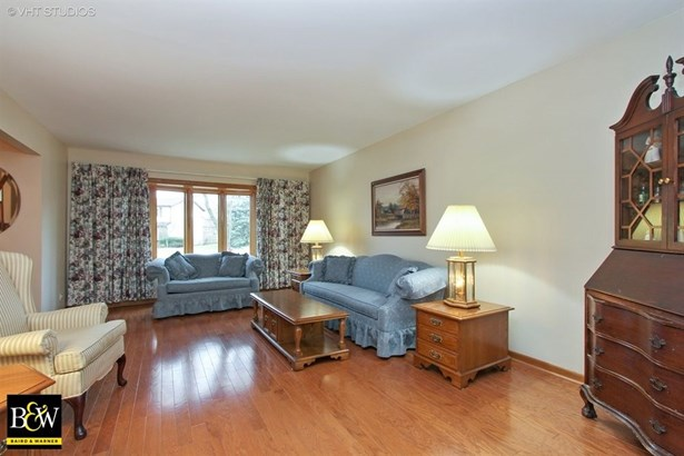 Traditional, Detached Single - Lake Zurich, IL (photo 3)