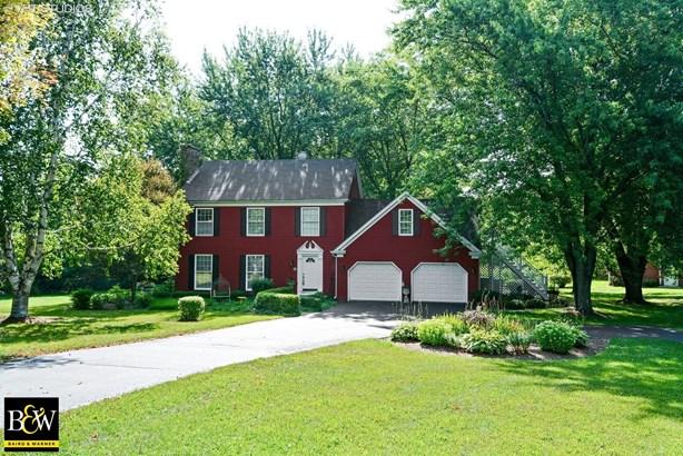 Colonial, Detached Single - Elburn, IL (photo 1)